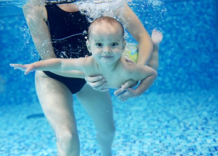 underwater-baby